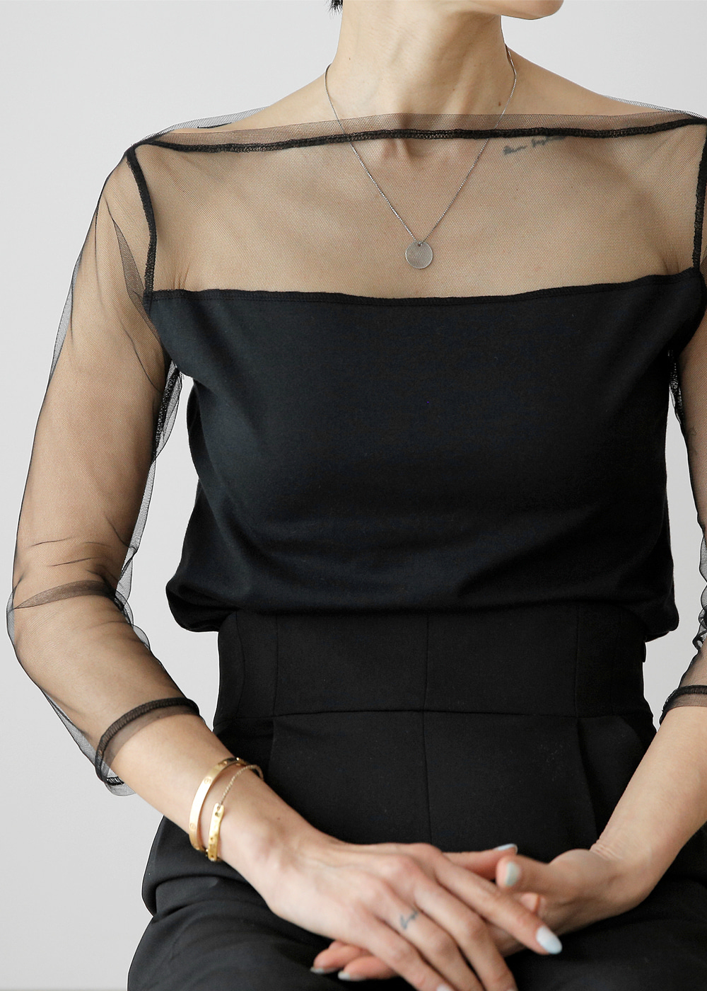 Sheer Boatneck with Solid Body